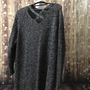 Gnarled Black Tunic Sweater